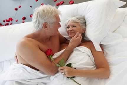 Mucho sexo te hace parecer más joven y alarga la vida