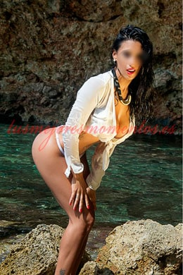 Brazilian Escort with beautiful breasts | Thais