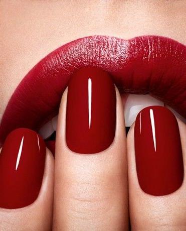 manicura roja