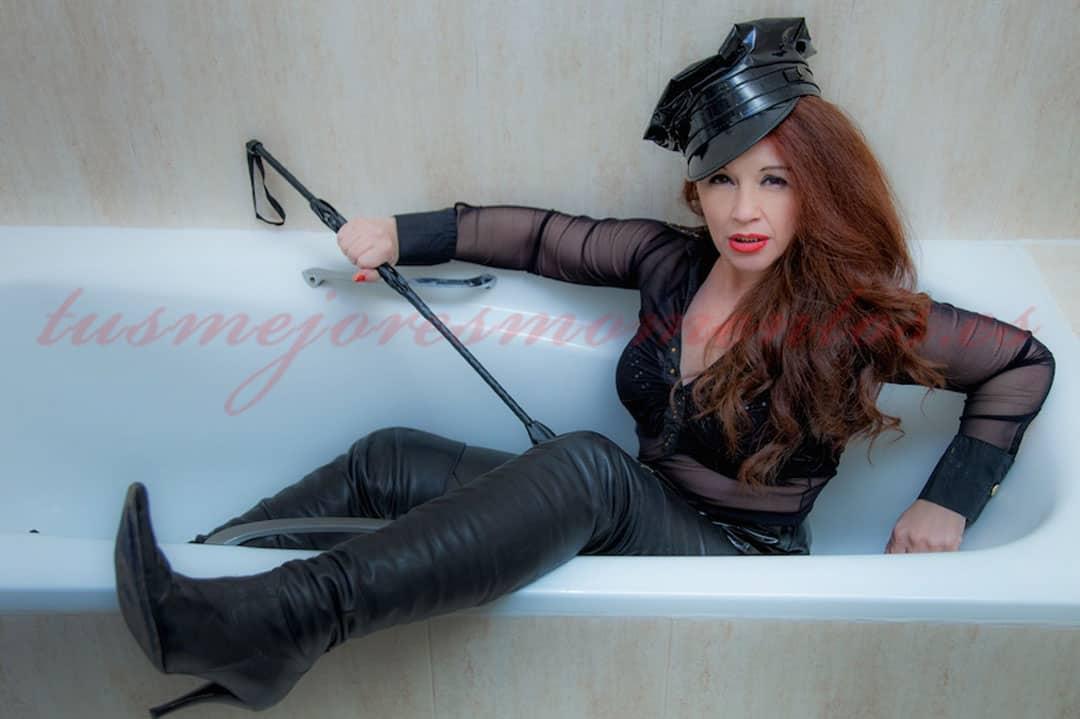 Ama Morgana busca sumisos obedientes. Dominación total