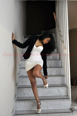 Escort swinger joven latina preciosa | India