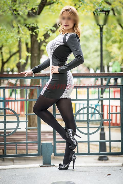 Estrella, escort experta en francés natural