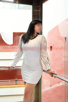 Natural breast brunette escort | Lua