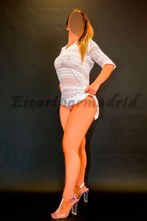 Una escort española rubia preciosa. Raquel